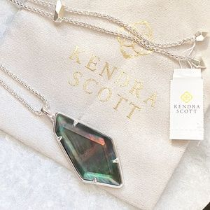 NEW Kendra Scott Lilith MOP Necklace